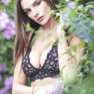 Vanquish Magazine – September 2018 – Carina Paige